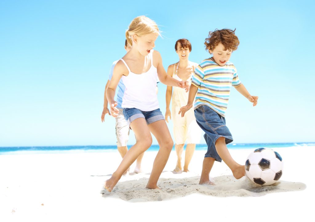 4 Family-Friendly Activities on the Beach
